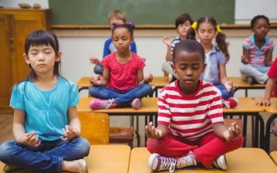 How to Bring Yoga & Mindfulness to Your Classroom