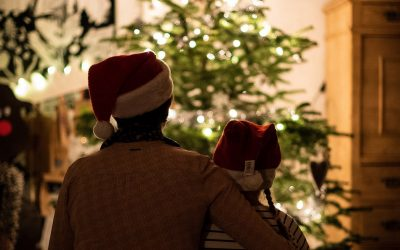 15 Ideas to Help Your Family Thrive This Holiday Season