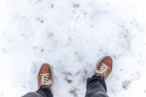 feet on snow